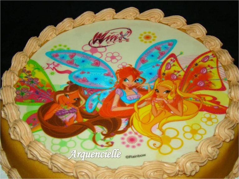 photo décor gateau winx