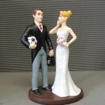Figurine gateau mariage chauve