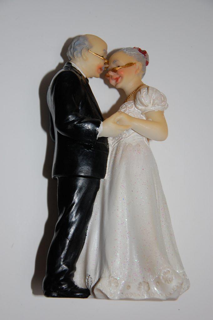 photo figurine pour gateau mariage personnalisé 2