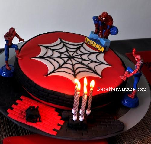 photo décoration gateau spiderman