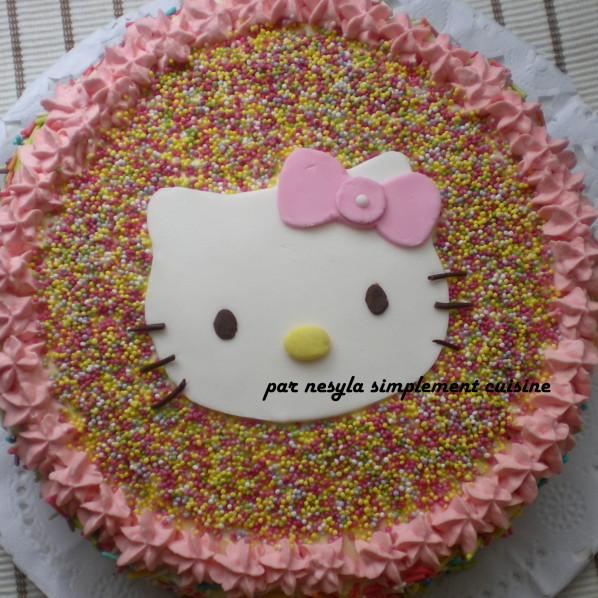 photo décoration gateau anniversaire fille 4 ans